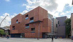 Nueva escuela de arte y diseño Massana. Barcelona / New Massana art and design college. Barcelona